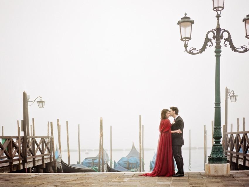 красное свадебное платье 1