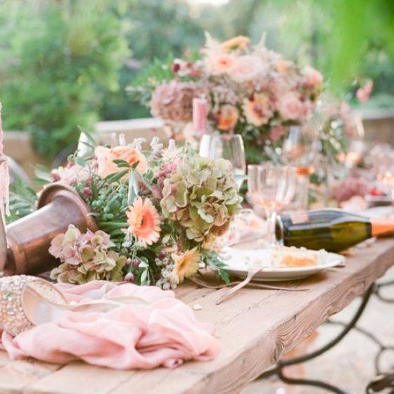 Оформление розовой свадьбы