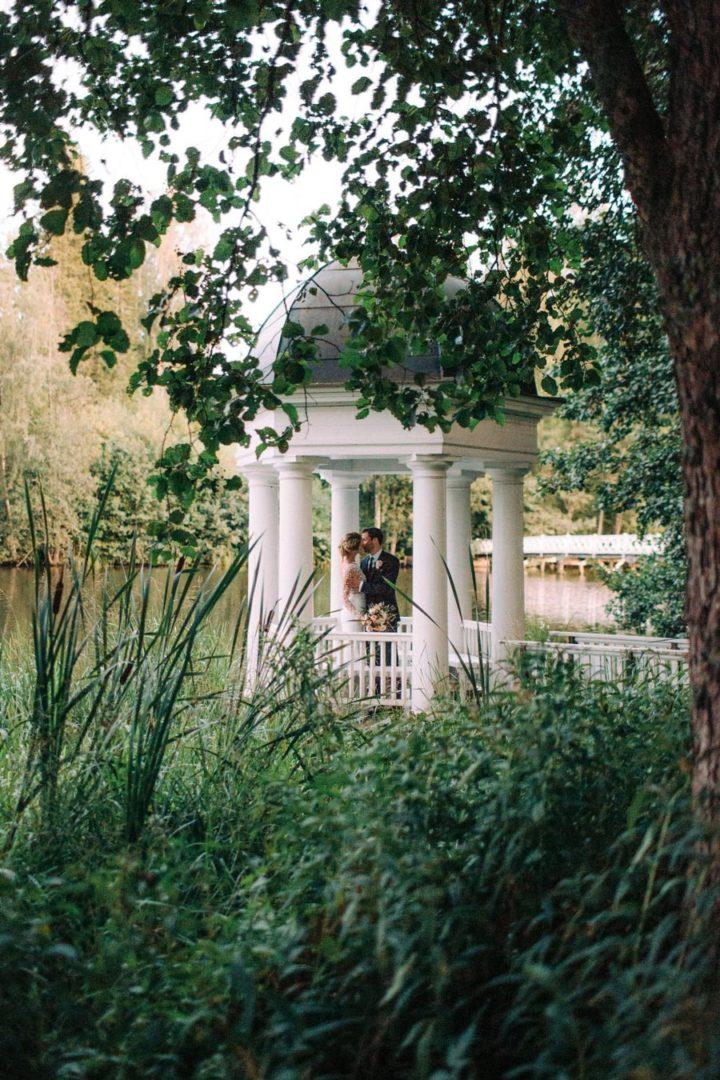 10 идей для свадьбы летом 24