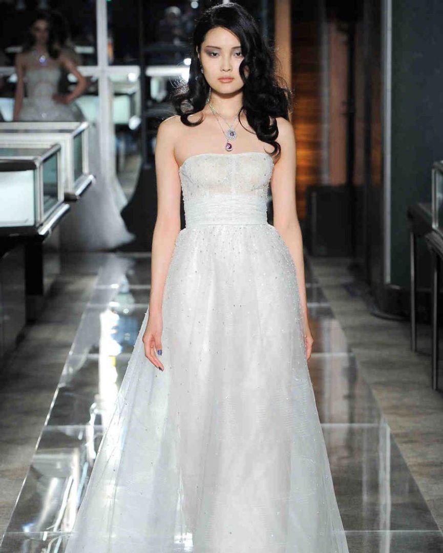 самые красивые свадебные платья 2018 41