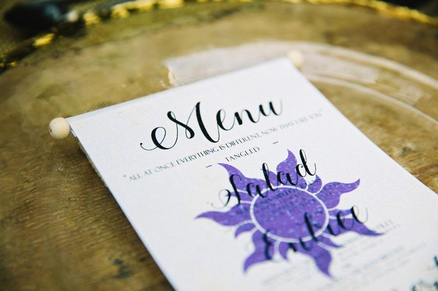 как организовать свадьбу в стиле рапунцель 9