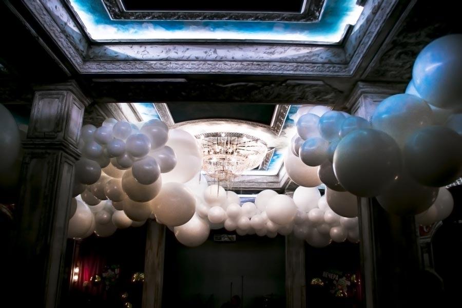креативное оформление свадьбы шарами 1