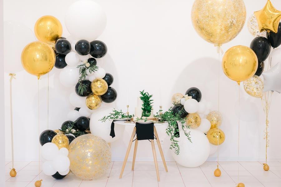 креативное оформление свадьбы шарами 6