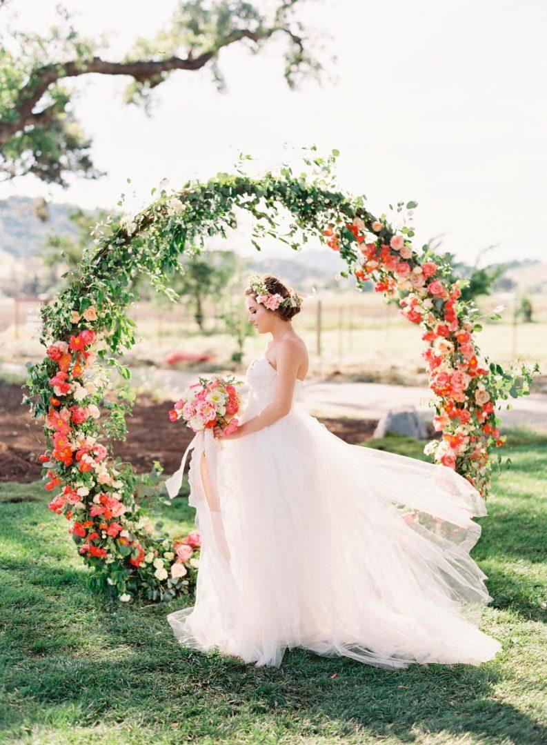 17 идей оформления свадьбы цветами 1