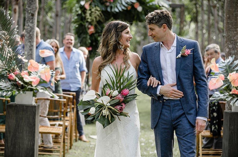 50 потрясающих поз для свадебной фотосессии 11