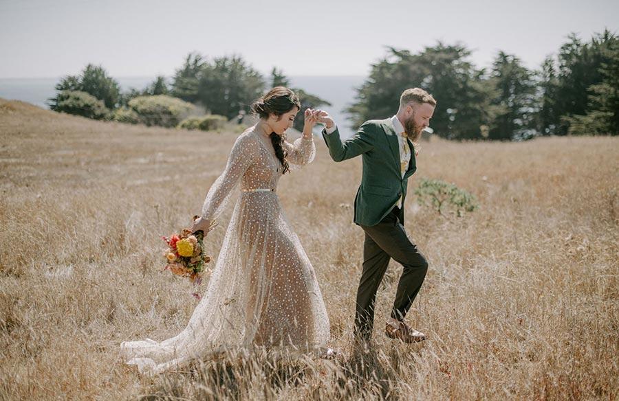 50 потрясающих поз для свадебной фотосессии 19
