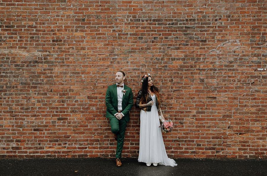 50 потрясающих поз для свадебной фотосессии 30