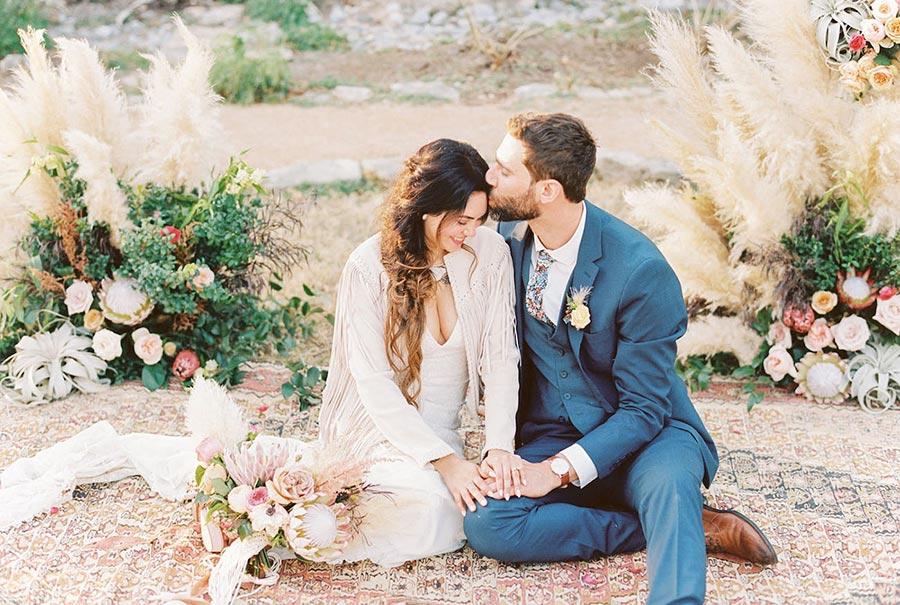 50 потрясающих поз для свадебной фотосессии 31