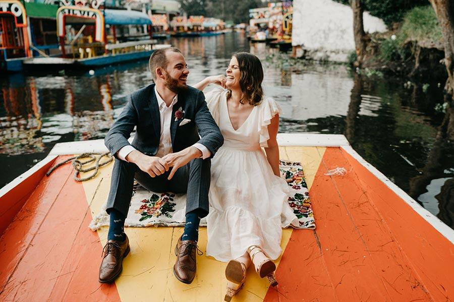 50 потрясающих поз для свадебной фотосессии 34