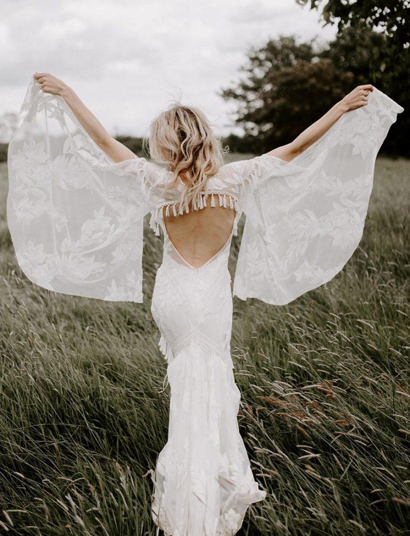 50 потрясающих поз для свадебной фотосессии 43
