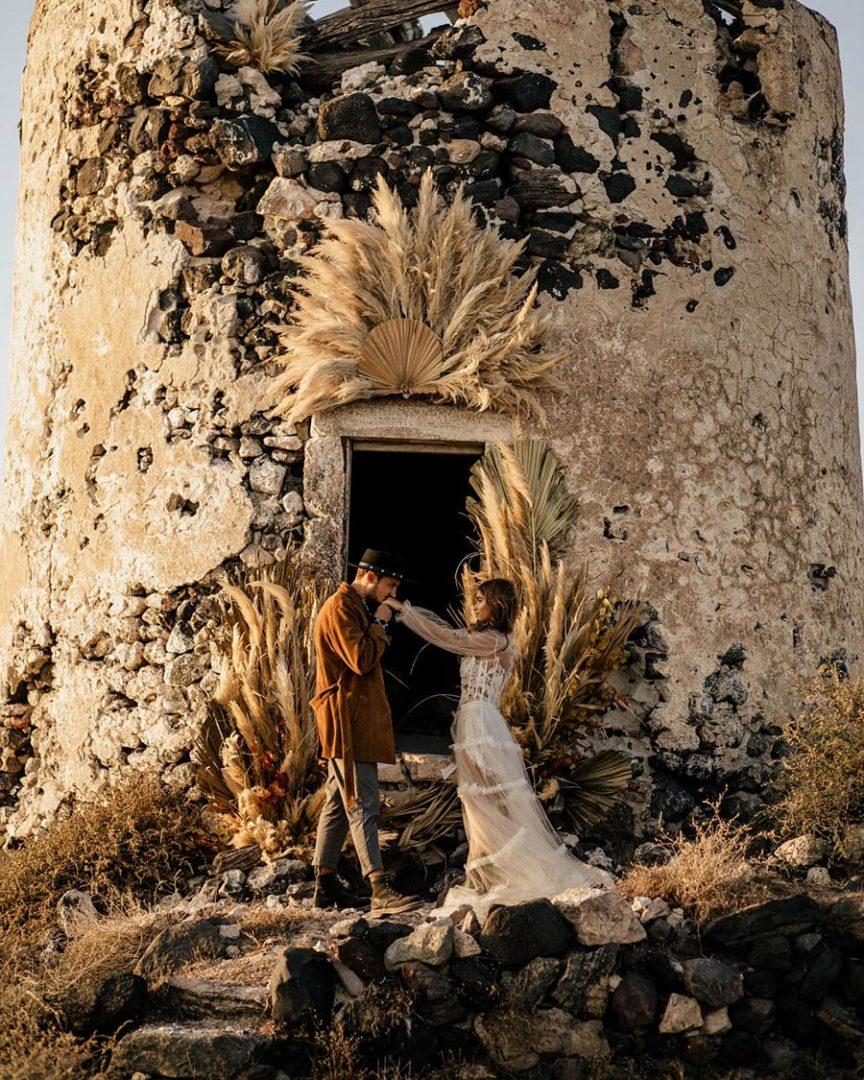 50 потрясающих поз для свадебной фотосессии 9