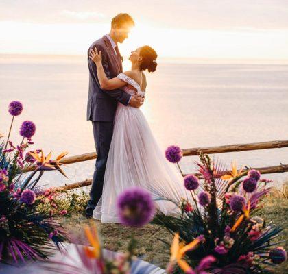 Яркая свадьба инженера и физика