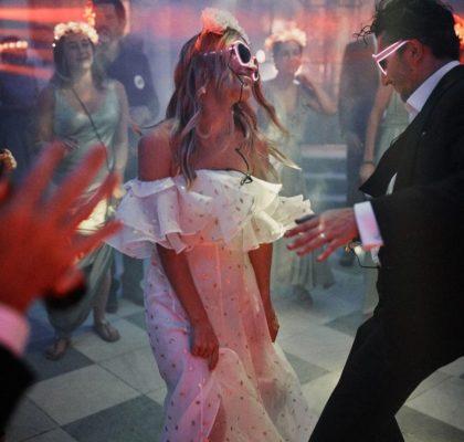Свадебный плейлист – 150 лучших песен