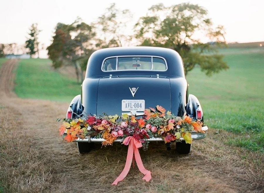 10 способов украсить машину на свадьбу своими руками 1
