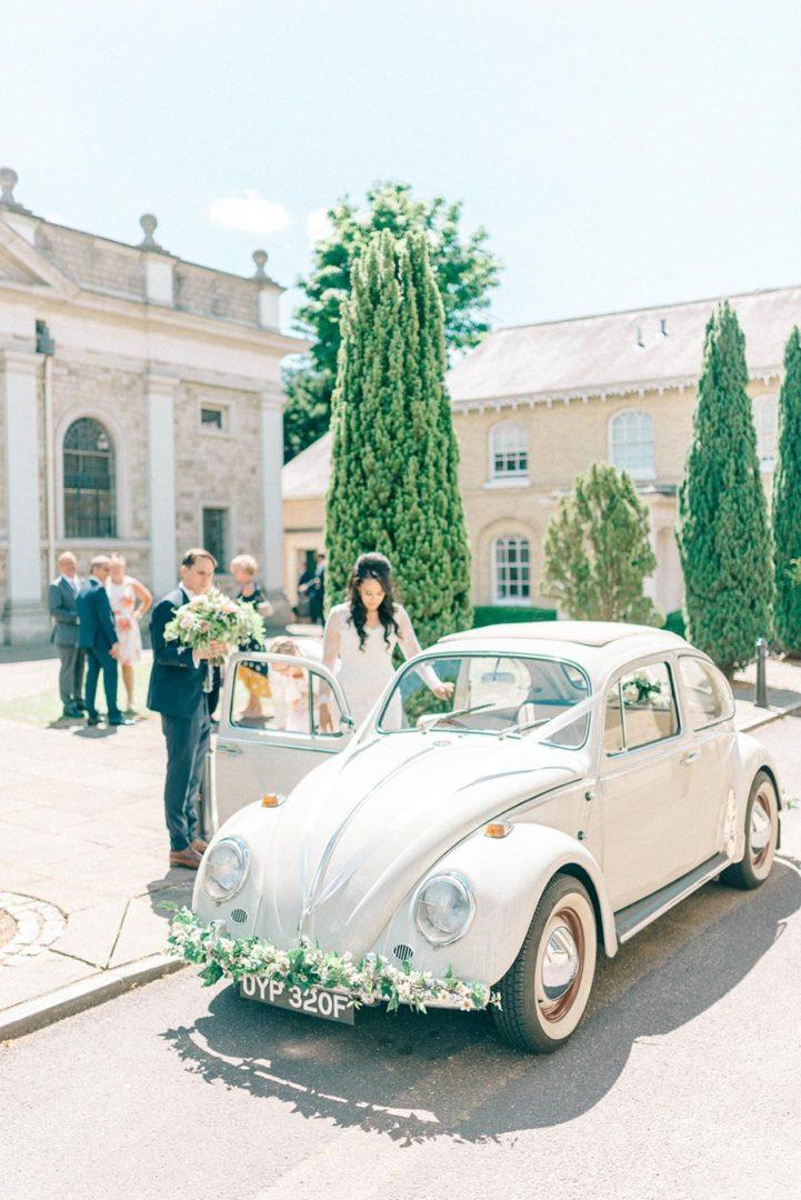 10 способов украсить машину на свадьбу своими руками 6