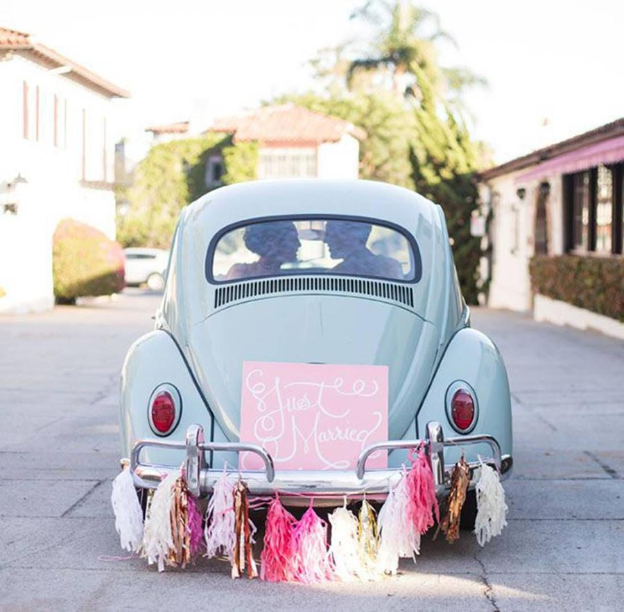 10 способов украсить машину на свадьбу своими руками 9