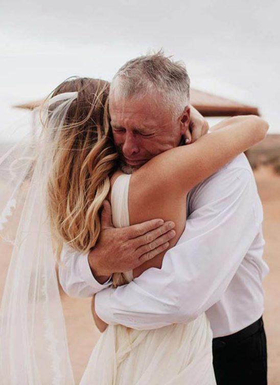 15 идей подарков родителям на свадьбе от молодоженов