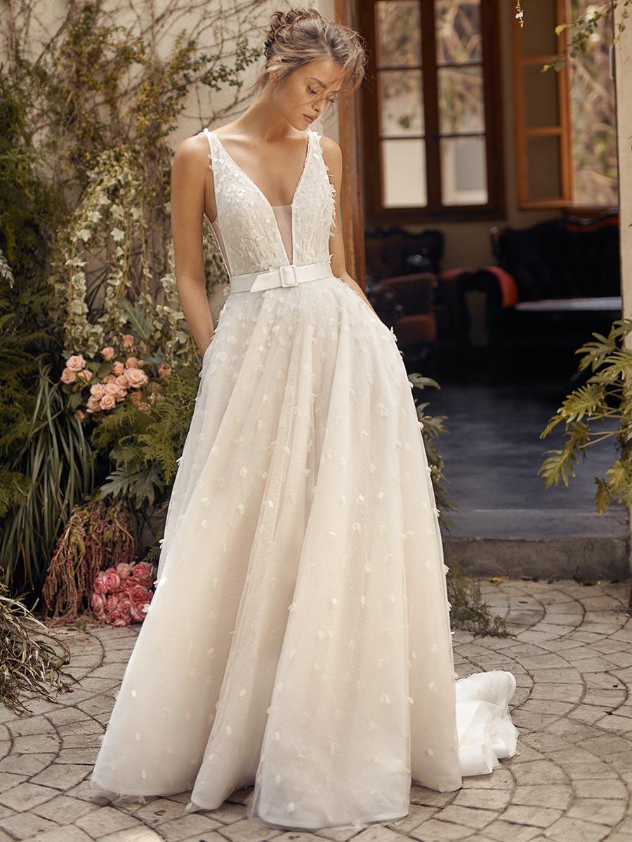 12 трендов в свадебных платьях 2021 12
