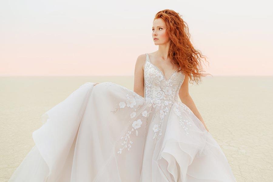 12 трендов в свадебных платьях 2021 1
