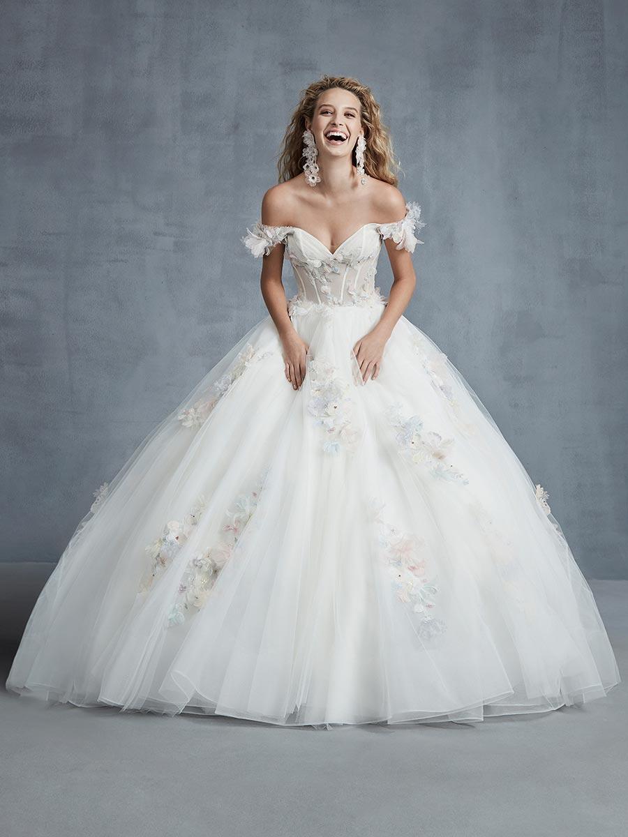 12 трендов в свадебных платьях 2021 6