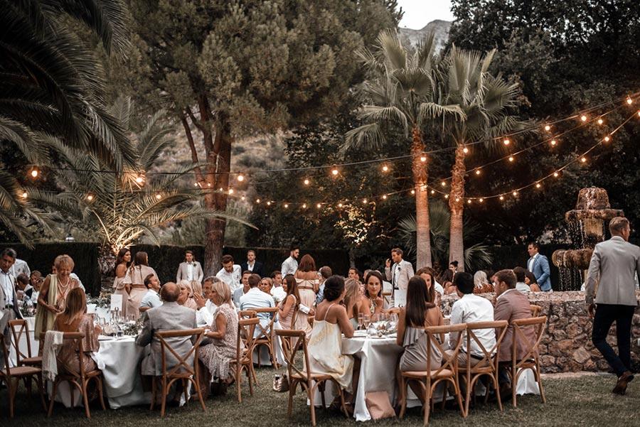 всё что вам надо знать о рассадке гостей на свадьбе 1